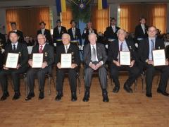 Jubilare und verdiente Mitglieder: (von links) Sebastian Kintner, Ulrich Knecht, Gerd Wilmink, Friedhelm Weyland, Udo Chmill und Wilm Klaas