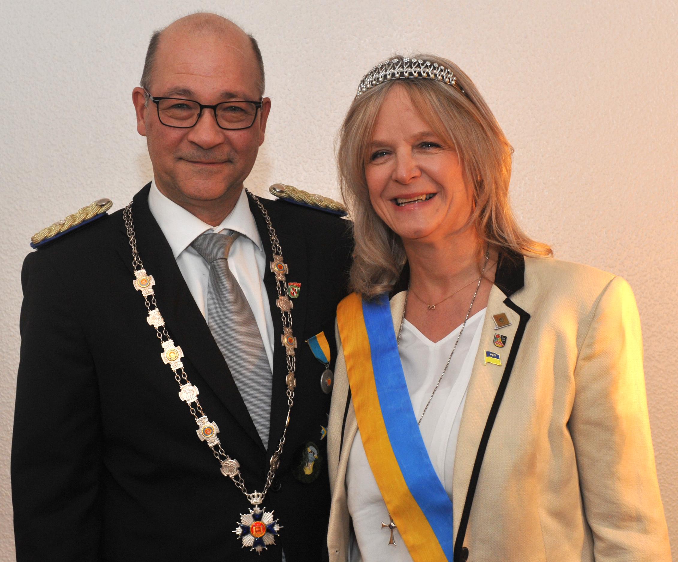 Königspaar Bernhard Schlütter und Sabine Wilmink